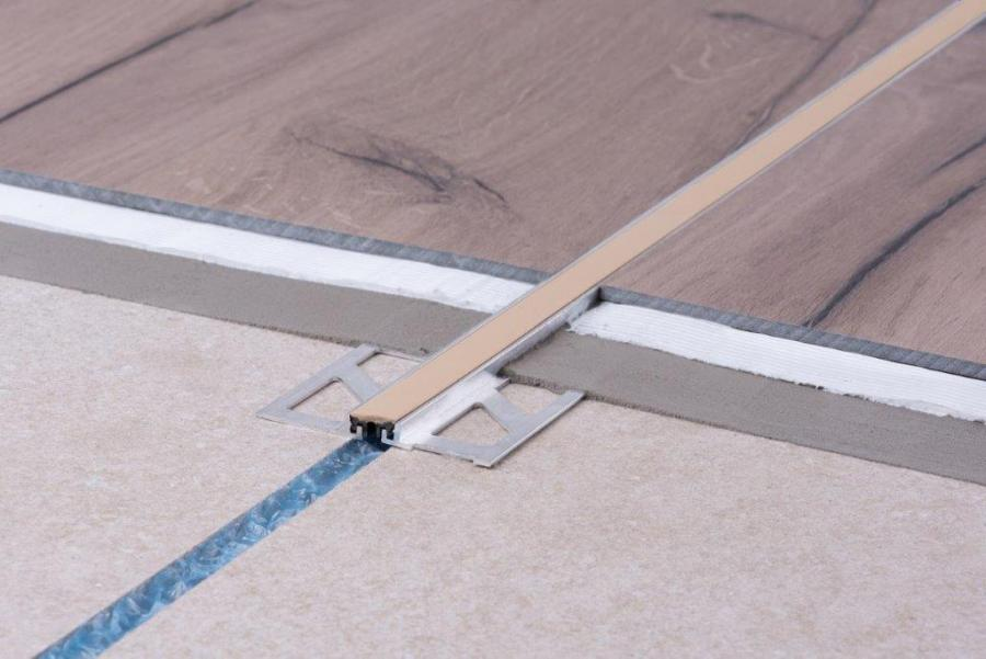 Expansion joint system 778 / up to 4 mm height